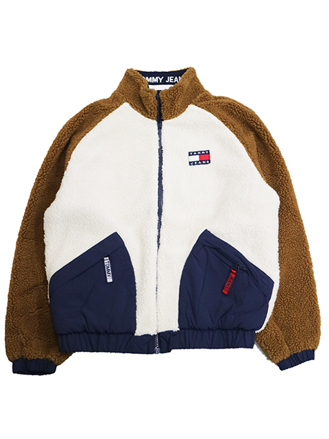 TOMMY JEANS (トミージーンズ)